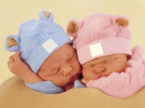 Двойняшки – залог маминого долголетия