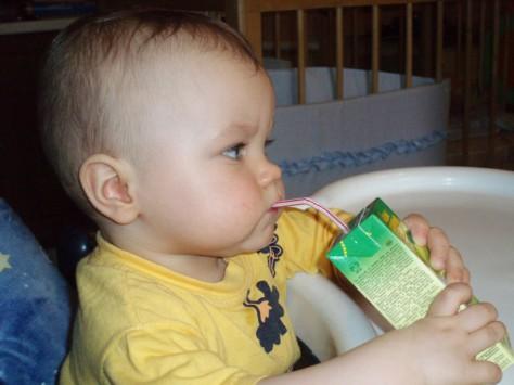 Детский иммунитет снижает свою активность из-за токсинов, содержащихся в упаковках