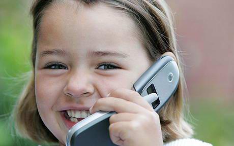 Мобильные телефоны влияют на умственные способности детей