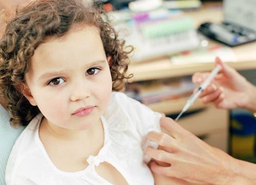 А нужны ли прививки нашим детям?