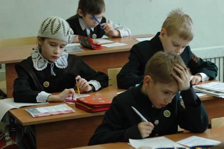 Неправильный учебный процесс вредит здоровью детей