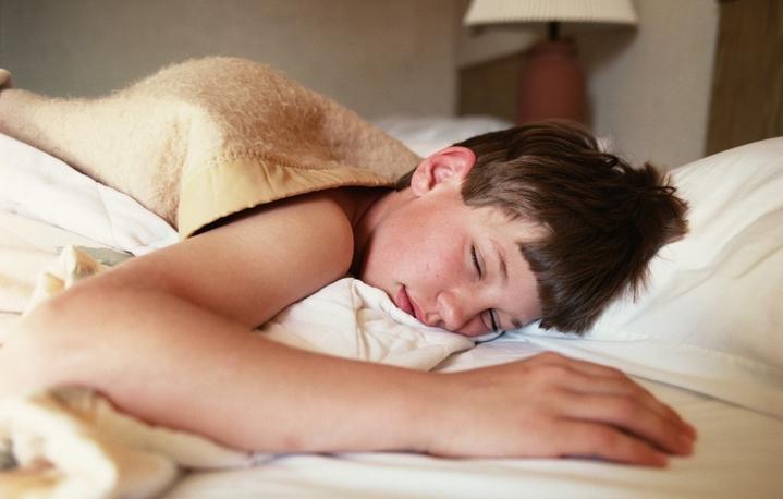 Для правильного развития подростка ему нужен здоровый, глубокий сон
