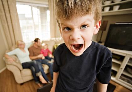 Ребенок непоседа — радость или повод для беспокойства