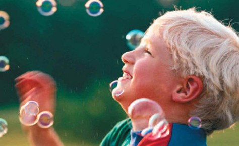 Держать ребенка в заперти дабы избежать болезней не выход