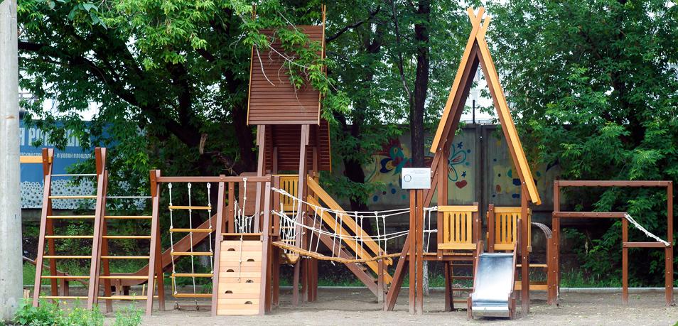 Таллиннские власти поручили родителям выбирать игровые площадки для детей