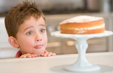 Сладости – польза и вред для детского организма.