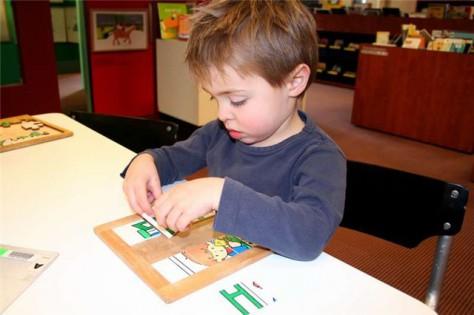 Английские ученые предложили метод ранней диагностики аутизма у детей