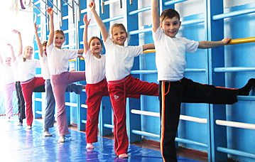Теперь в России на уроках физкультуры заниматься будут все