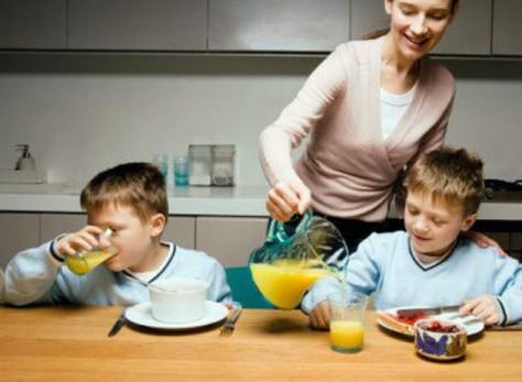 Дробное питание у детей может вытеснить устоявшийся рацион из трехразового питания