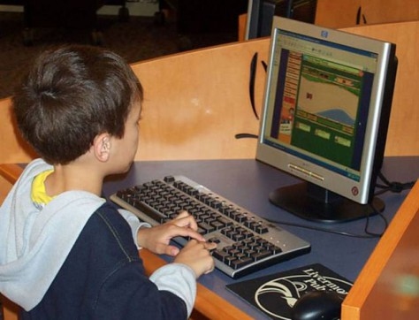 Компьютер ребенку нужно давать как лекарство — по чуть-чуть