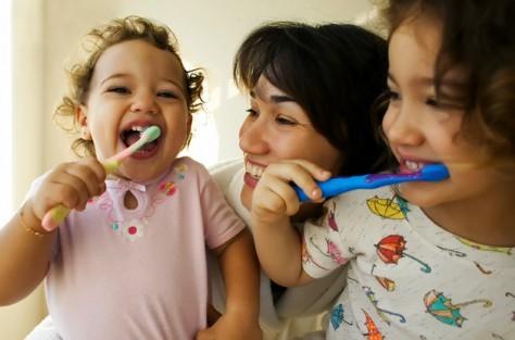 Как защитить здоровье ротовой полости самых маленьких