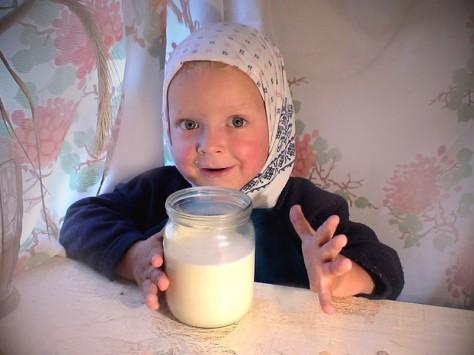 Пейте дети молоко (но не больше двух кружек в день), будите здоровы