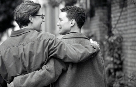 Дети у однополых родителей живут лучше