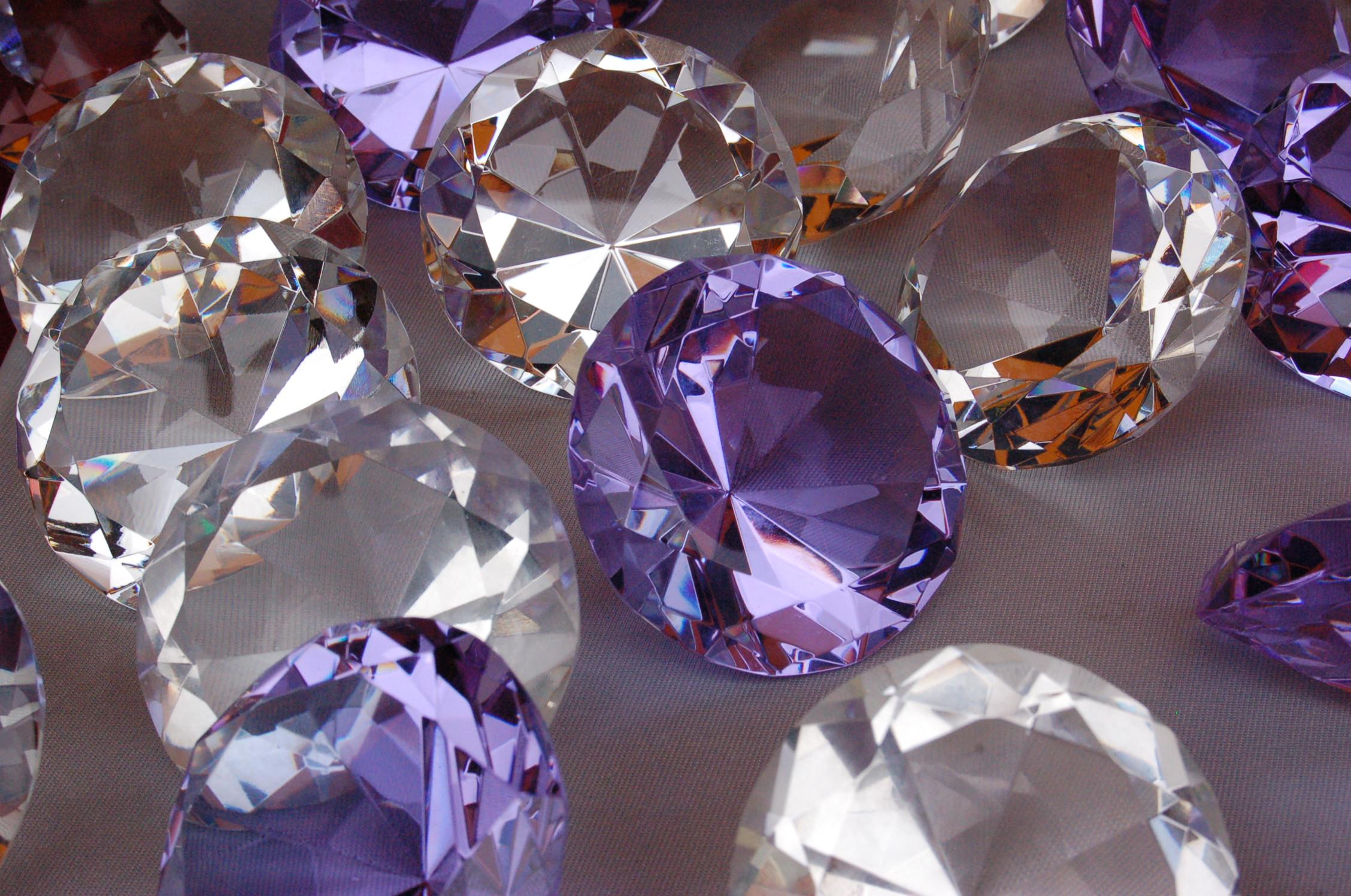 Драгоценные камни – только для настоящих женщин