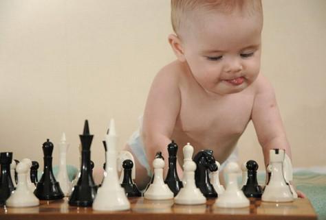 Развитие малыша – повод для пристального внимания родителей