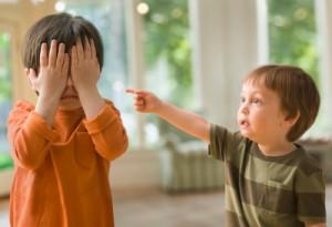 С молчаливого согласия родителей дети в семье губят друг друга