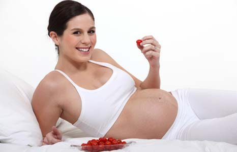 Поддержание йода на должном уровне во время беременности обеспечивает ребенку высокий интеллект