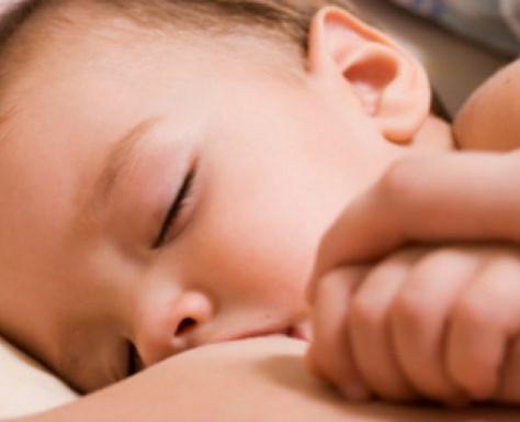 С грудным молоком матери не может сравниться ни одно изобретение ученых