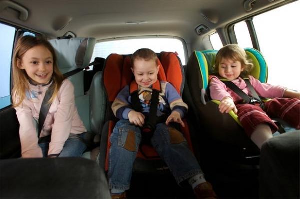 Как нужно выбирать для ребенка автомобильное кресло?