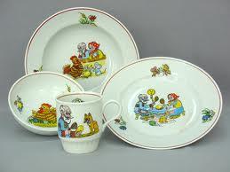 Посуда для ребенка: выбираем правильно