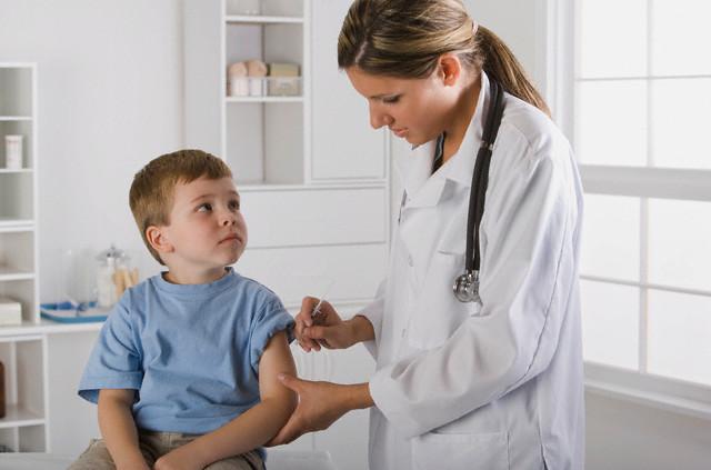 Как быть с прививкой если у малыша аллергия