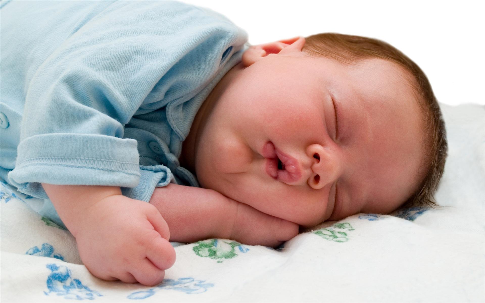 О чем сигнализирует детский храп и кашель во время сна
