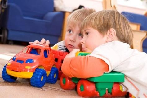 Общение со сверстниками позволит ребенку приобрести лидерские качества