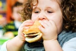 Как не допустить ожирения у ребенка: дети и родители