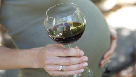 Даже один бокал алкоголя при беременности наносят непоправимый ущерб