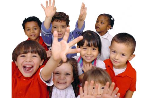 Почему ребенок не общается с другими детьми