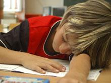 Раннее начало занятий в школе вредно для подростков