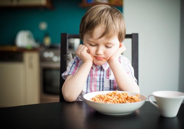 Пищевое поведение ребенка формируется до года жизни