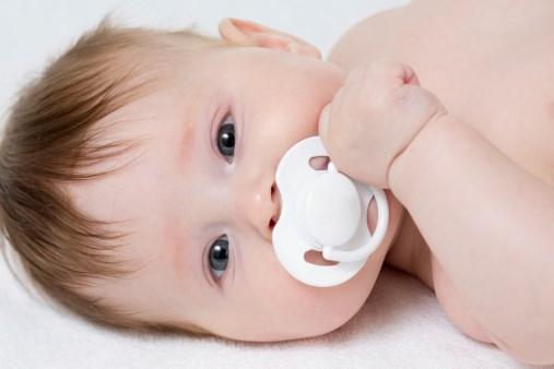 Как решить проблему опрелостей у новорожденного малыша