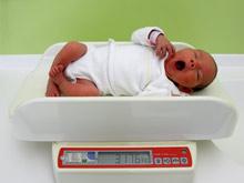 Вес ребенка при рождении влияет на его будущую успеваемость
