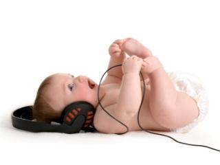 Как выявить проблемы со слухом у детей