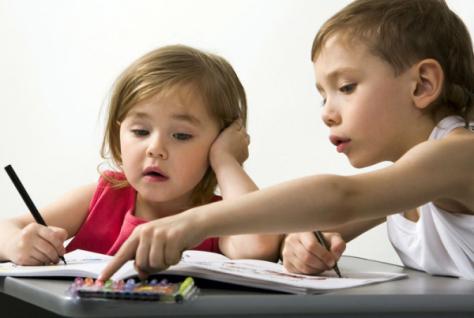 Задержка развития у малышей: что делать