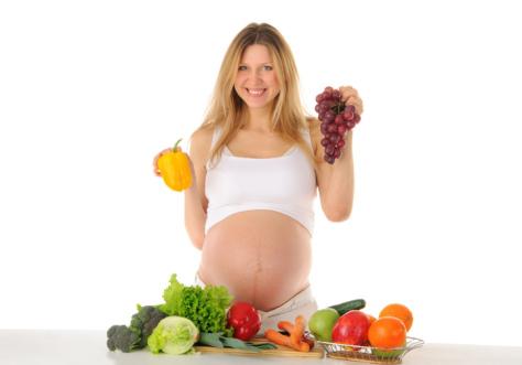 Любительницы диет сильнее толстеют во время беременности