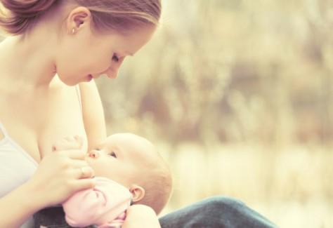 Вскармливание грудью повышает интеллект детей