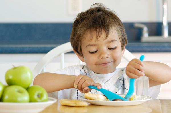Отсутствие завтрака в детстве может стать причиной заболеваний в будущем