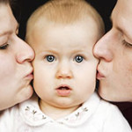 Матери и отцы по-разному учат детей говорить