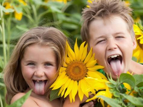Большинство детей в мире считают, что живут счастливо