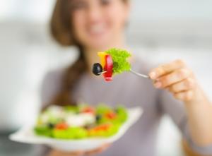 Ученые призывают отказаться от вредной пищи в период беременности