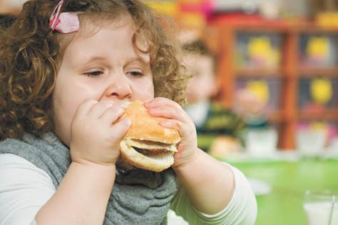 Исследования показывают: белок эффективно снижает вес у детей с ожирением