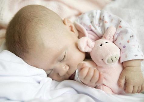 Колыбельные избавят ребенка от боли