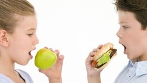 Какие продукты нужны школьникам в первую очередь?