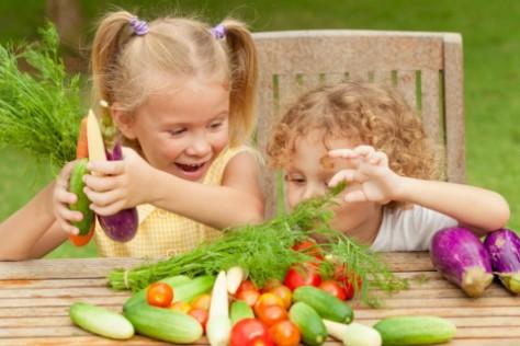 Простой способ заставить ребенка есть овощи