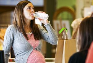 «Газировка» вредна для беременных!