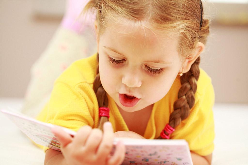 Словарный запас ребенка в 2 года влияет на его школьную успеваемость