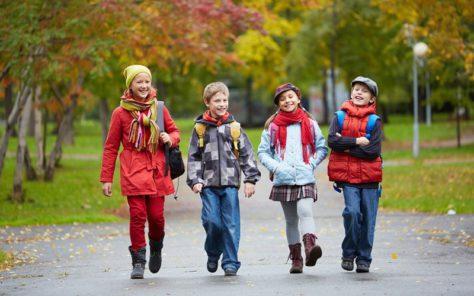 Дети должны ходить пешком хотя бы 35 минут в день