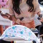Пеленка на коляске может привести к внезапной смерти ребенка